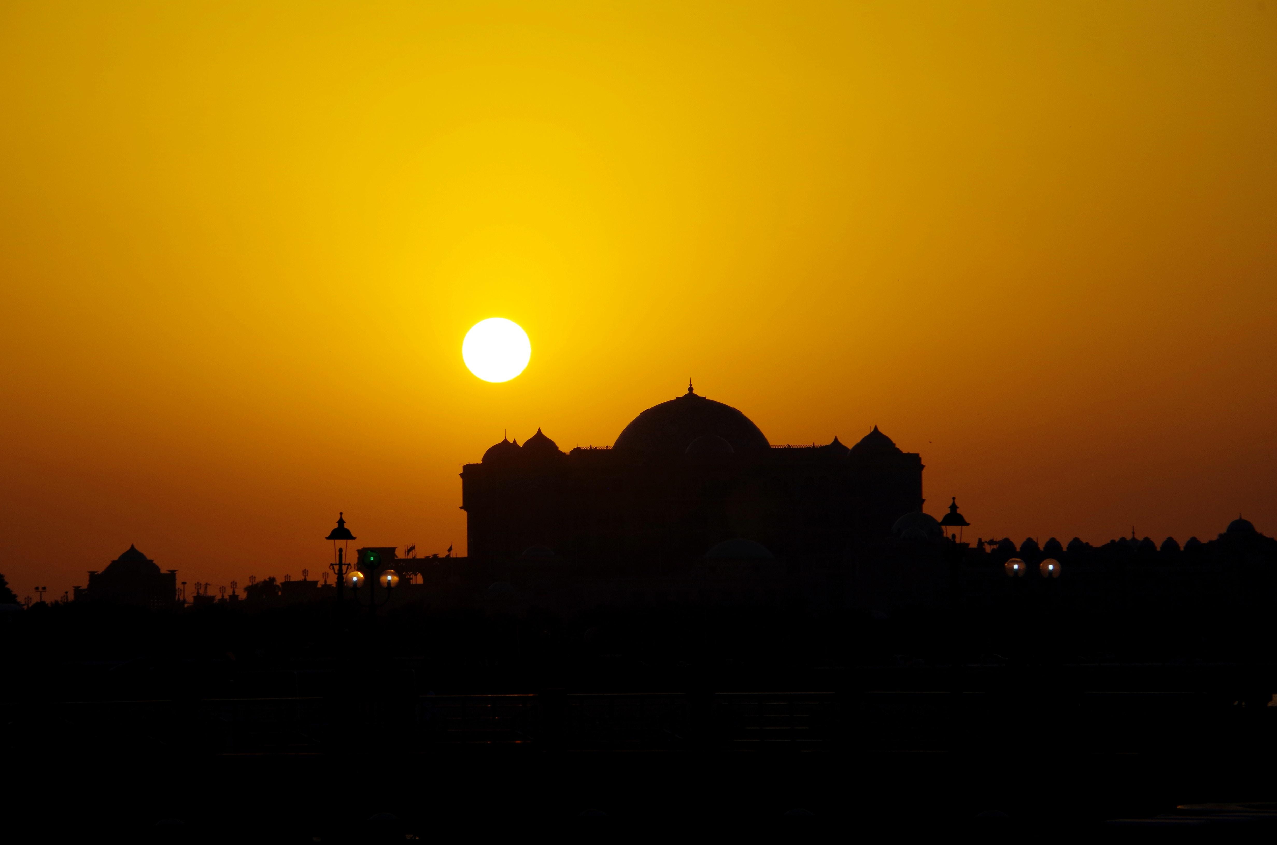 太陽とモスク